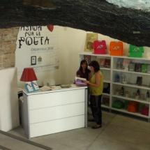 Tienda de recuerdos de la Casa Museo Miguel Hernández.