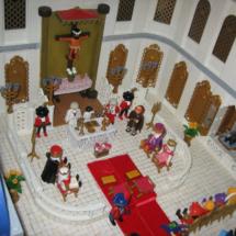 Clicks de Playmobil: escena medieval en el interior de una iglesia