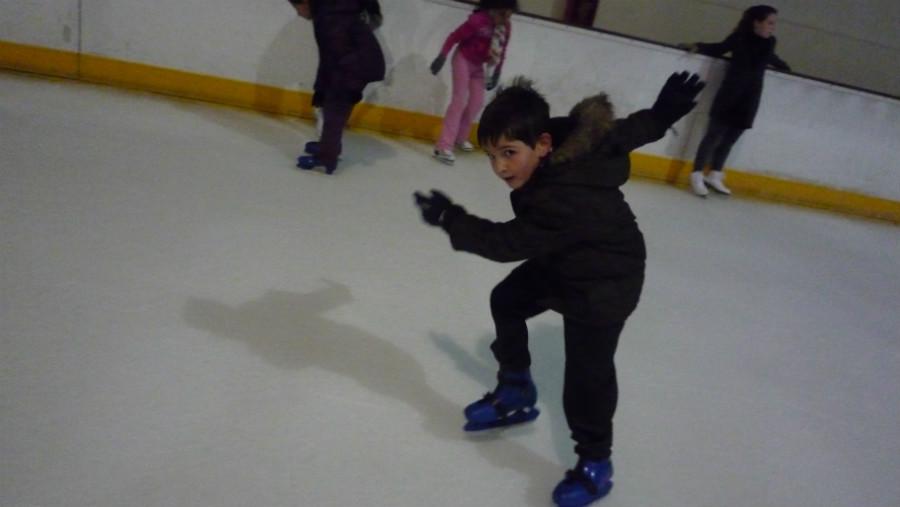 Patinar sobre hielo en madrid con los ni os d nde hay for Pistas de patinaje sobre ruedas en madrid