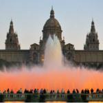 El espectáculo de la fuente mágica de Montjuïc, en Barcelona