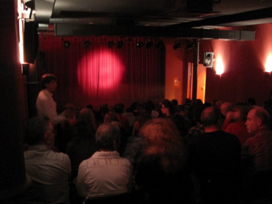 El teatro El Rei de la Màgia es una mezcla de teatro infantil y cabaret.
