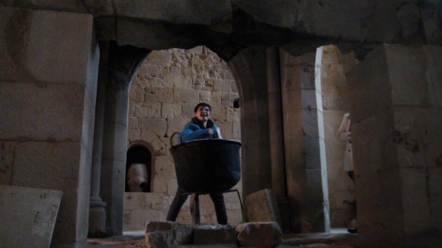 Aunque parezca mentira, los niños pueden disfrutar mucho de una visita cultural a un monasterio.