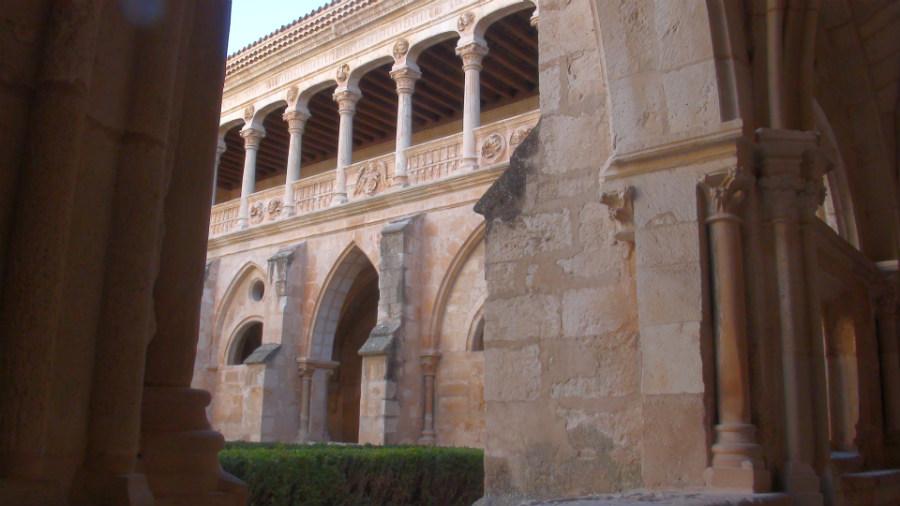 Claustro del monasterio de Santa María de Huerta.