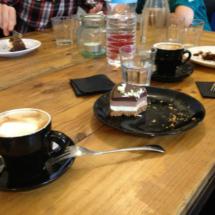 Las tartas caseras son la especialidad del Café Mür