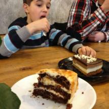 Las tartas de Mür café son artesanales y caseras, y a los niños les encantan