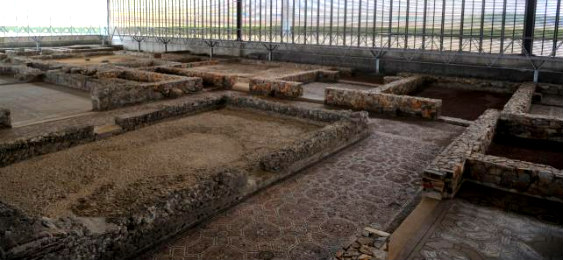 La Villa romana de Almenara-Puras, en Valladolid, estuvo habitada del siglo IV al siglo V.