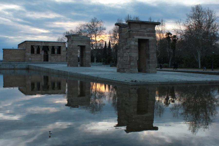 Disfrutamos del atardecer de Madrid desde el Templo de Debod