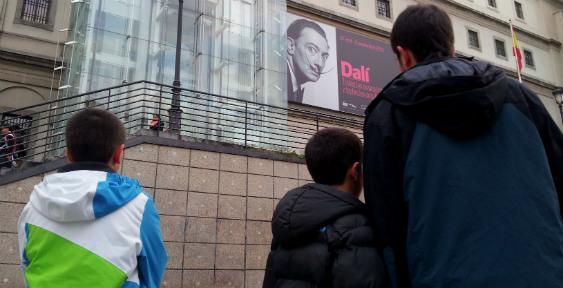 Visitamos la exposición de Dalí en el Museo Reina Sofía