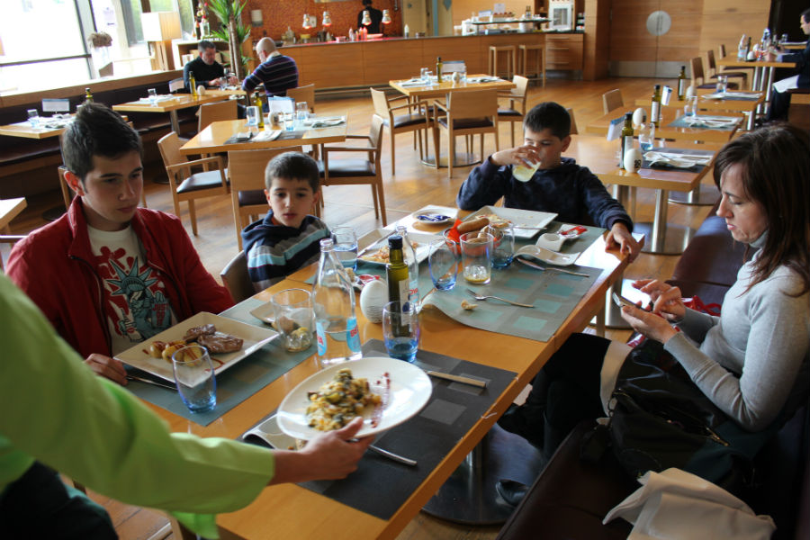 Restaurante Claravía, cocina sana mediterránea en los hoteles Novotel
