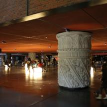 La Alhóndiga de Bilbao: columnas