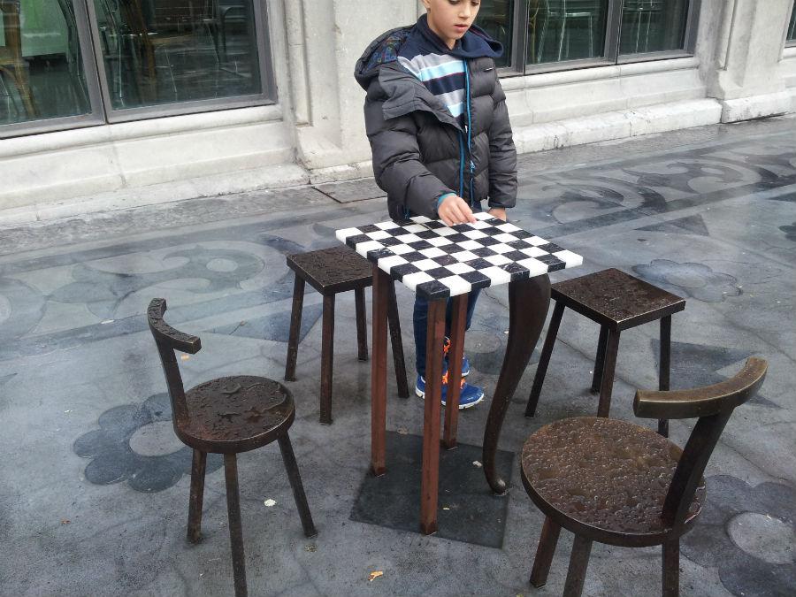 La Alhóndiga de Bilbao: ajedrez