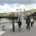 Un paseo por la ría y los puentes de Bilbao