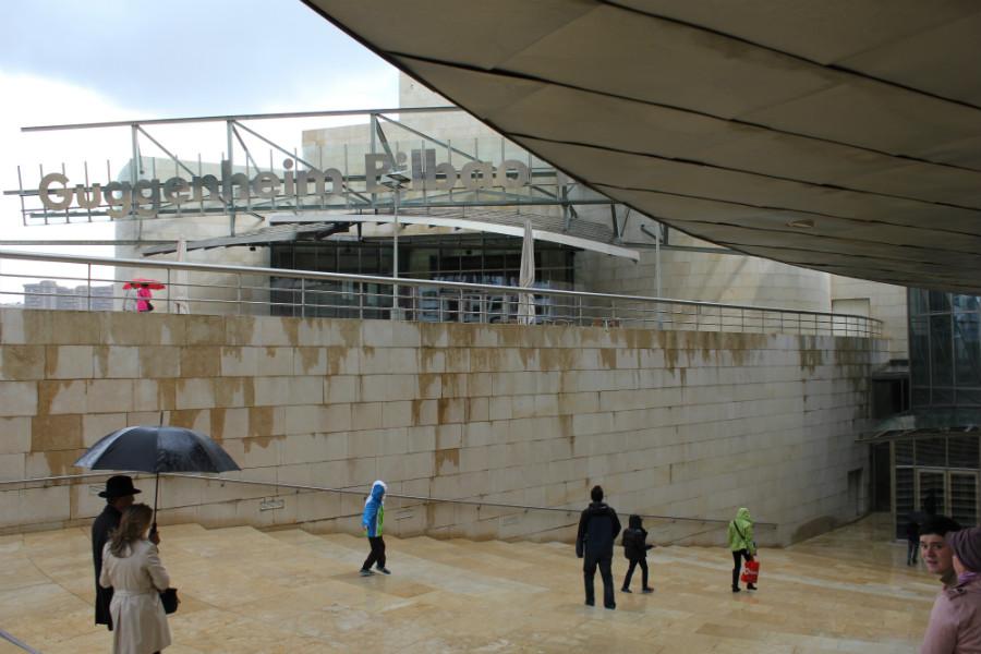 El museo Guggenheim es una obra de arte en sí mismo.
