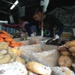 Puesto de venta de las típicas rosquillas de San Isidro