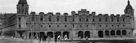 La vieja alhóndiga, en 1905