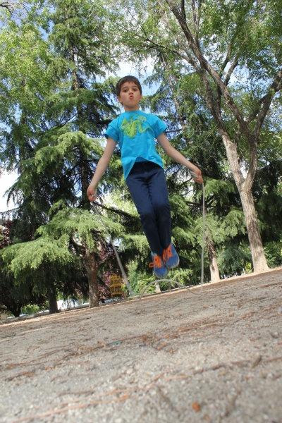 Saltar a la comba de forma individual: todo un reto para los niños