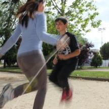 Saltar a la comba en parejas, cuestión de coordinación