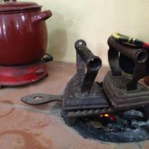 Planchas de hierro antiguas en el Museo de Conil