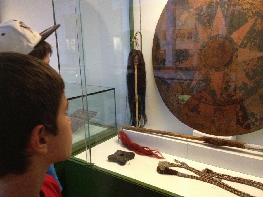 Las cabezas reducidas de los jíbaros son el gran atractivo del Museo antropológico para los niños