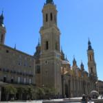 La basílica del Pilar de Zaragoza, con niños