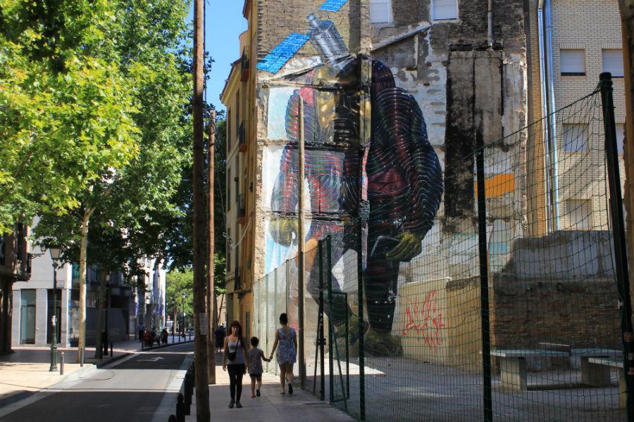 La oficina de Turismo de Zaragoza promociona el arte urbano de los graffiti