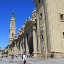 Fachada de la Basílica del Pilar de Zaragoza