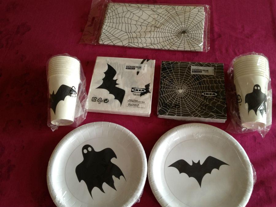 Elementos para vestir la mesa en Halloween
