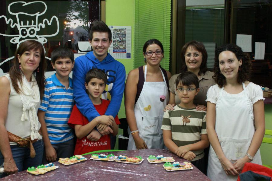 Almudena y Celia, de Reposterapia Alce, organizan cursos de repostería para familias