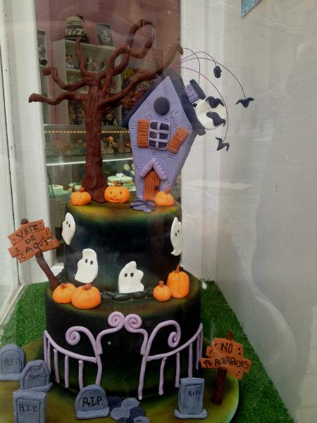 Tarta decorada para Halloween