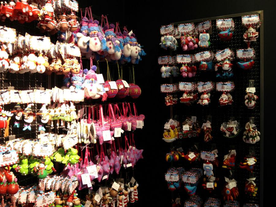 Es interesante comprar adornos de navidad en el corte ingl s for Adornos de navidad baratos