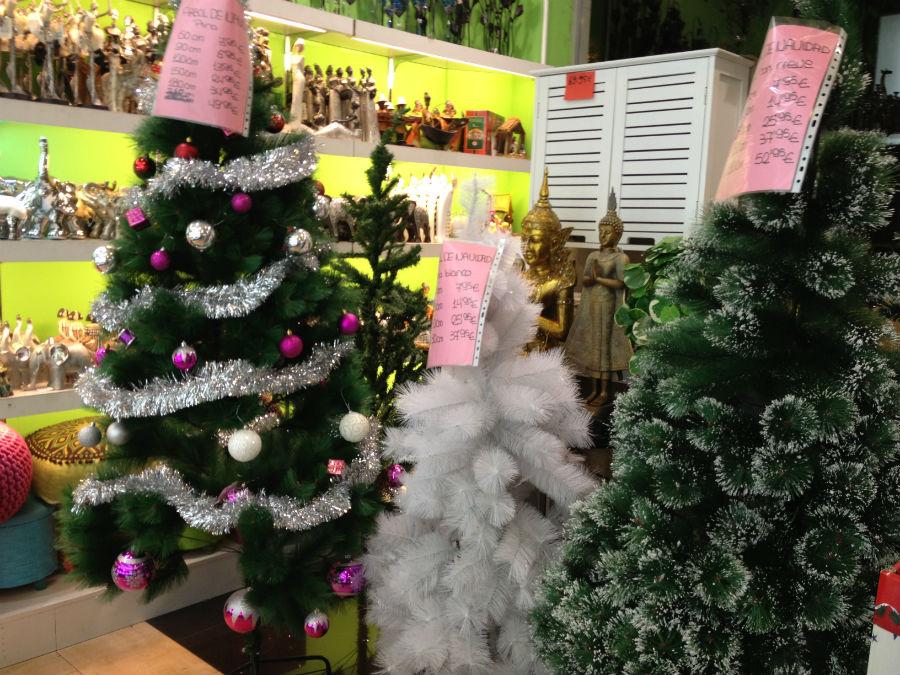 adornos de navidad low cost en las tiendas de chinos