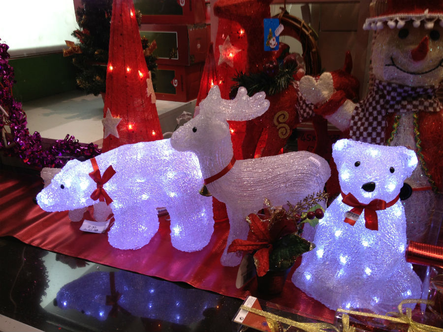 adornos de navidad baratos mira en las tiendas de chinos