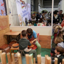 Taller de cerámica en el Festival Mamaterra