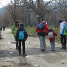 Paseando por la Cascada del Purgatorio con los niños