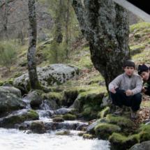 Junto al río Aguilón, los niños se acercan más a la naturaleza