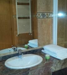 Baño del hotel Ransol
