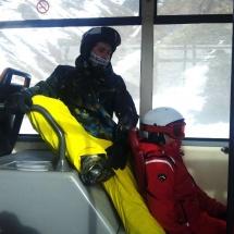 En formigal se pueden tomar clases particulares de esquí, para niños