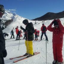 Es habitual encontrarse con familias completas practicando el esquí en Formigal