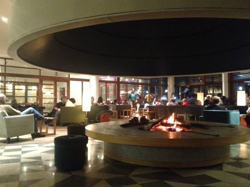 Salón del hotel Continental, en el balneario de Panticosa