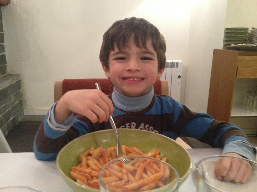 La pasta es siempre una buena opción para que los niños estén contentos