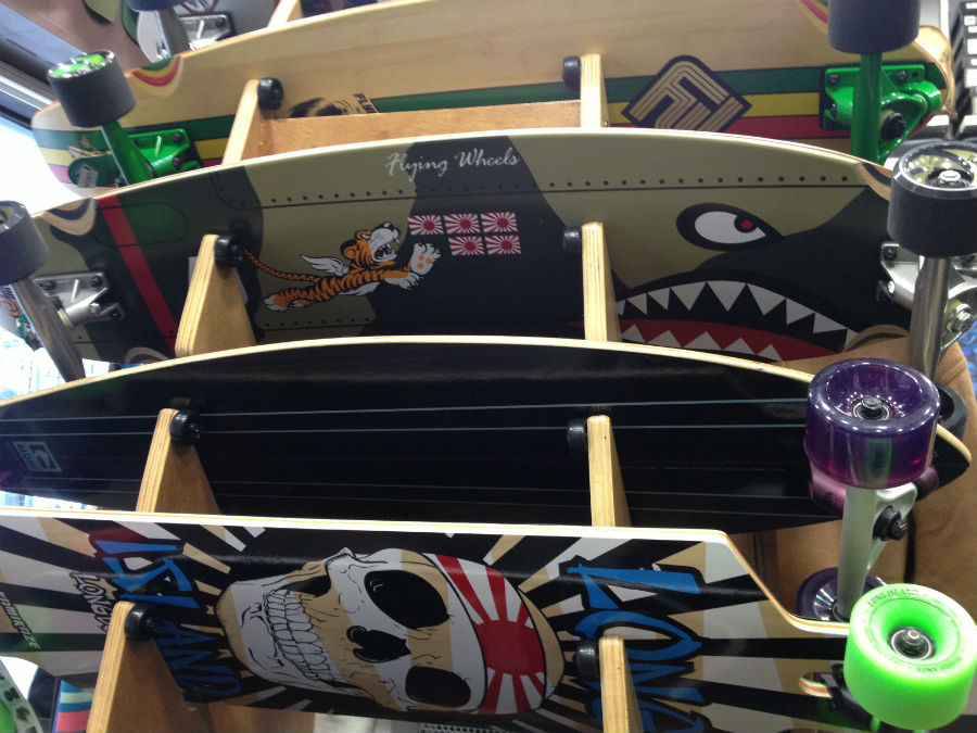 Tablas de skate decoradas en Lacanau