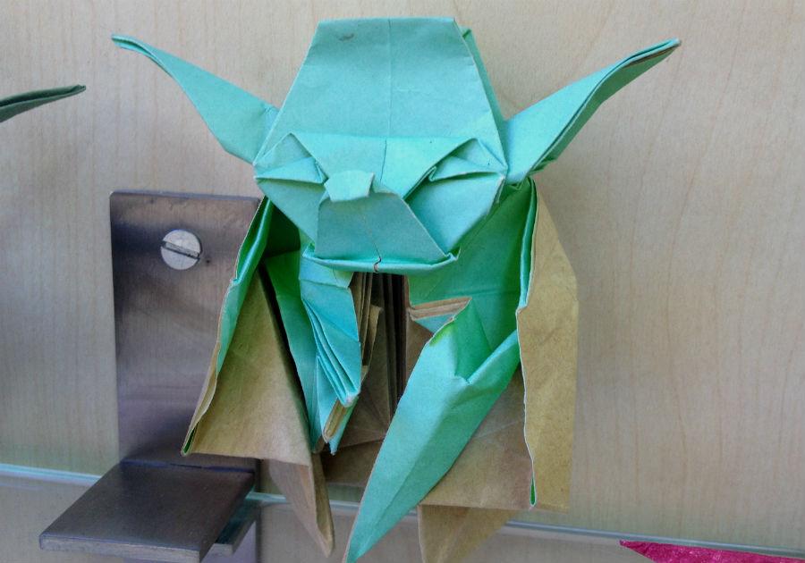 Yoda (Star Wars) realizado en papiroflexia