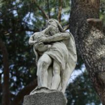Estatua del Parque del Capricho