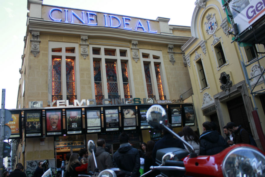 Fachada de los cines Ideal, en Madrid