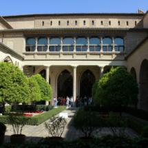 Patio del Palacio de la Aljafería, en Zaragoza