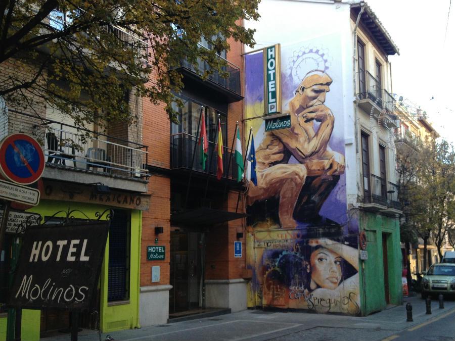 Graffiti de El Niño de las Pinturas en Granada