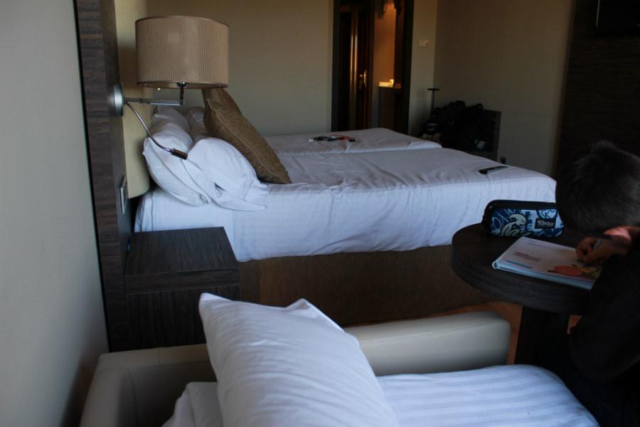 hotel gran luna granada: