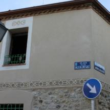 Fachada de una casa en Zamarramala, Segovia