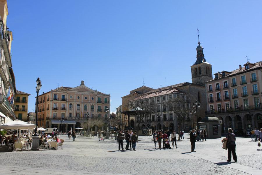 Paseamos por Segovia con los niños