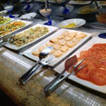 Variedad de entrantes y primeros platos en El Rodizio